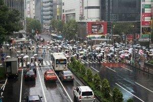 Pourquoi les Japonais conduisent-ils à gauche?