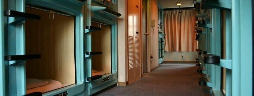 Les hôtels capsule au Japon
