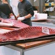 Toyosu: le poisson du marché à l'assiette